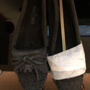 Minnetonka women's mocassin shoe